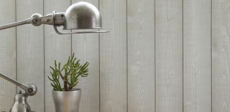 lambris bois grande largeur best lambris pvc lambris bois parquet et plancher with lambris bois. Black Bedroom Furniture Sets. Home Design Ideas