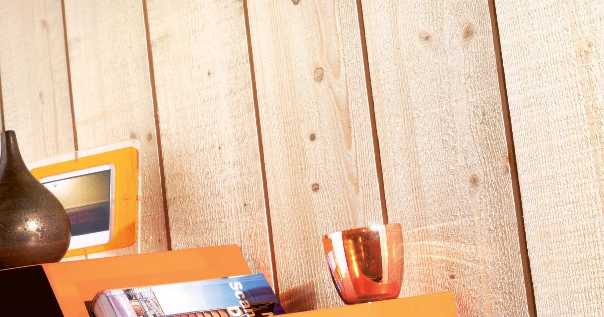 zoom sur l 39 aspect brut de sciage silverwood. Black Bedroom Furniture Sets. Home Design Ideas